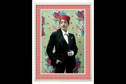 Désintégration Hindiii © Hassan Hajjaj. Metallic Lambda 2011/1432. Courtesy of Rose Issa, London, UK © HH ;